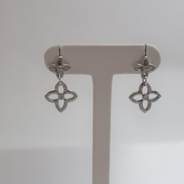 14K White Gold One-of-a-Kind Clover Diamond earrings