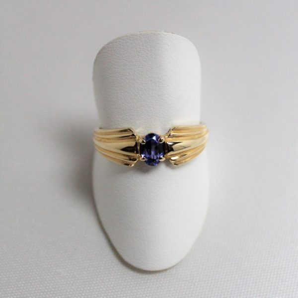 14k Yellow Gold Tanzanite Estate Ring