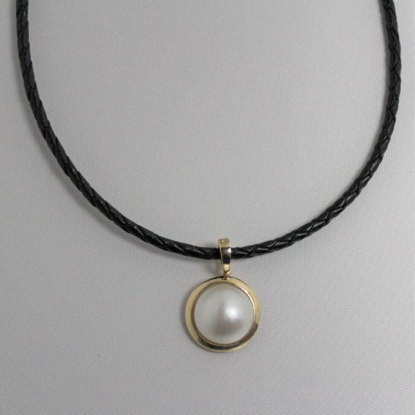 14k Yellow Gold Mabe Pearl Estate Pendant