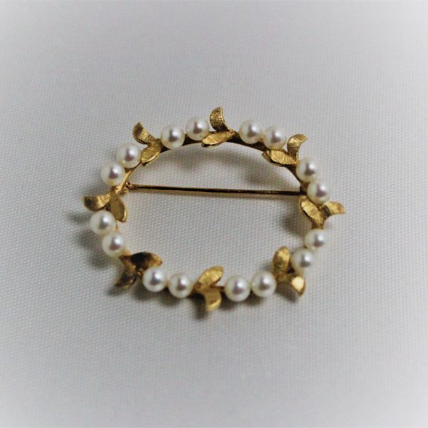14K Yellow Gold Oval Estate Pearl Pin