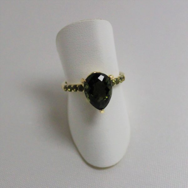 10K Yellow Gold Green Tourmaline Estate Ring